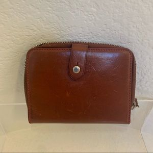 Dooney & Bourke Women Leather Bifold Wallet